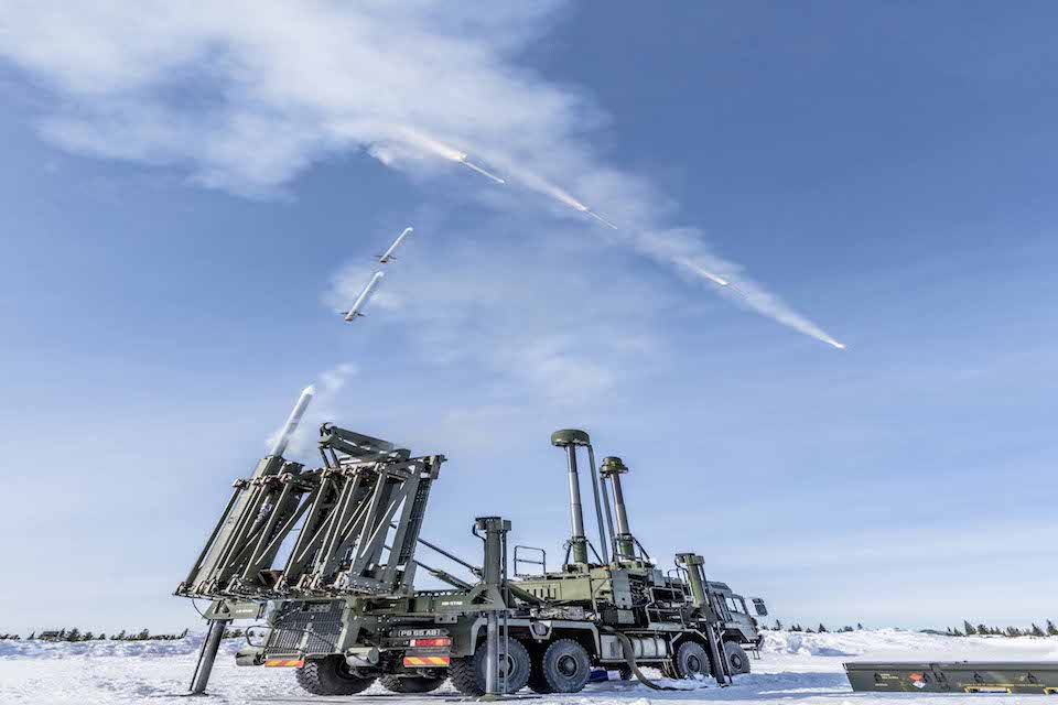 Land Ceptor completes it's first successful firing trials. Crown copyright.