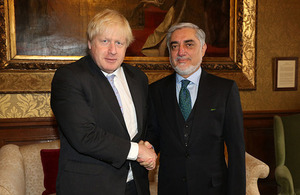 Image of Foreign Secretary meeting Dr Abdullah