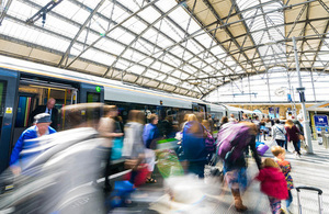 passengers leaving train