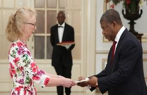 HMA Jessica Hand presenting her credentials to Angolan President, João Lourenço