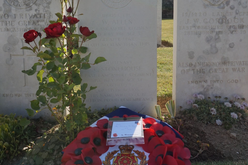 New headstone for Lieutenant Charles Stonehouse with Regimental Wreath from the Duke of Lancaster's Regiment, Crown Copyright, All rights reserved