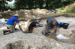 Archaeologists and volunteers at Barrow Clump dig site. Photo: Crown Copyright 2018