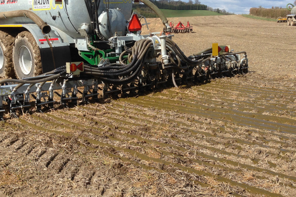 Figure 8: Application of slurry with a trailing shoe.