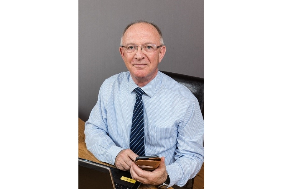 Image of Simon Lusty, Publications Manager
