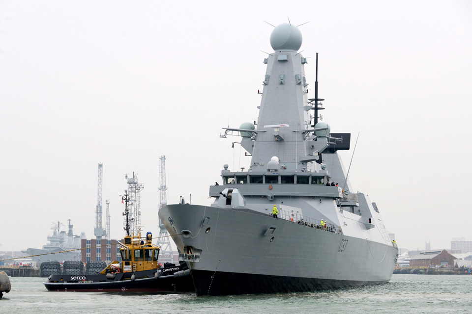 HMS Duncan arrives at her new home in Portsmouth