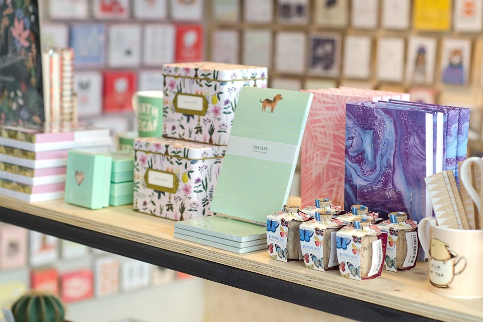 Picture of Ohh Deer stationery range.