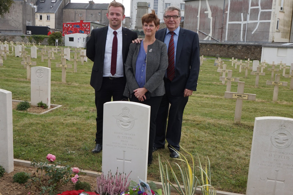 Cousin, Carol Taylor accompanied by son, David Taylor and husband, Stuart Taylor at FO Stein's graveside, Crown Copyright, all rights reserved