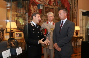 Minister for the Armed Forces Mark Lancaster (r) with Defence Attache at the British Embassy in Rome Colonel Lindsay MacDuff (c) and General Fabrizio Parrulli, Carabinieri for the Protection of Cultural Heritage