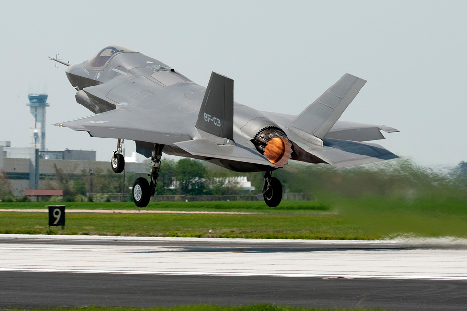An F-35 Lightning II takes off