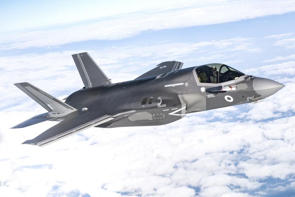 UK to double F-35 fleet with 17-jet order, Defence Secretary announces