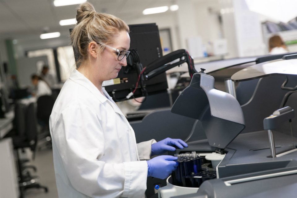 Dr Rachael Lennox, Biomedical Scientist at Randox Laboratories in Antrim, Northern Ireland