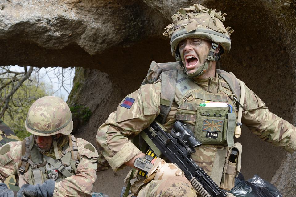 UK and Italian reconnaissance troops