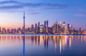 An image of the skyline of Toronto.