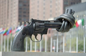 """Non-Violence"" sculpture by the noted Swedish Artist Carl Fredrik"