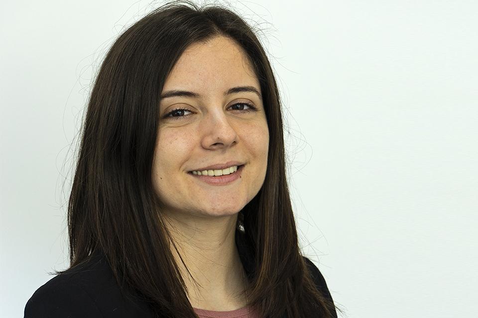 Head shot of Andreea Cojocaru