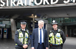 Transport Minister commends work to tackle knife crime on railways