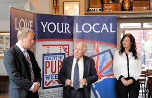 Bob Neill opens British Pubs Week