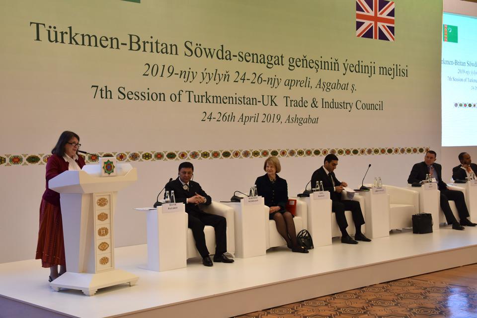 Ambassador Thorda Abbott-Watt at the Turkmenistan United Kingdom Trade & Industry Council plenary session