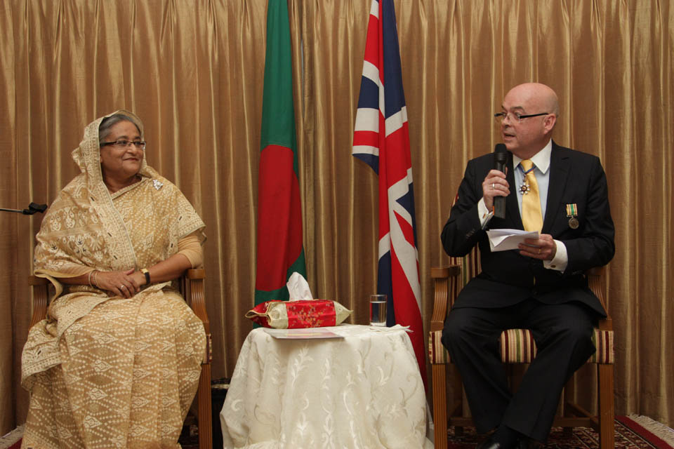 Prime Minister Sheikh Hasina and British High Commissioner Robert Gibson unveil Diamond Jubilee sculpture