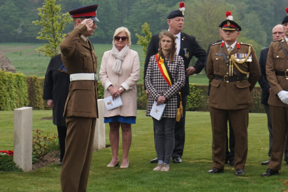 Pte Ricky Foskett (Fredericks great, great, great nephew) honours his relative, Crown Copyright, All rights reserved.