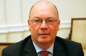 Mr Alistair Burt