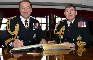 Admiral Sir Mark Stanhope (right) hands over to Admiral Sir George Zambellas [Picture: Leading Airman (Photographer) Gary Weatherston, Crown copyright]