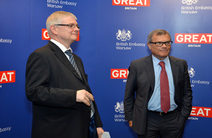 Ambassador Robin Barnett with Sir Martin Sorrell (photo by Grzegorz Rogiński)