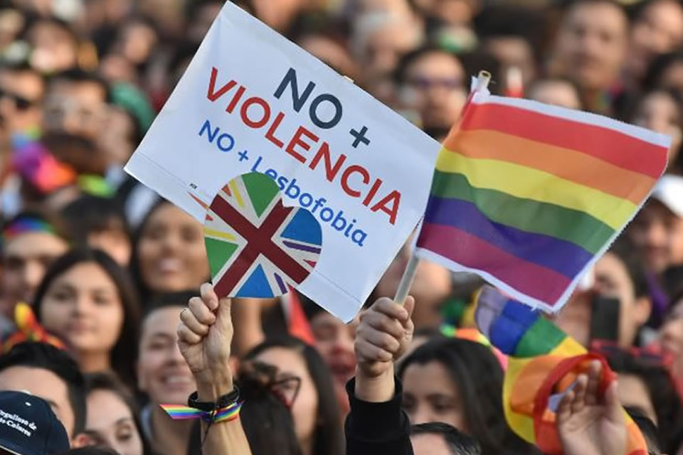 As in previous years, the British Embassy was present at the event organised by Movilh and Iguales Foundations, to celebrate diversity and reiterate its commitment to LGBTI rights.