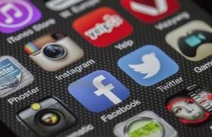 Social media channels for Spain