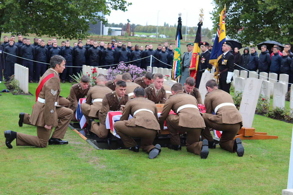 Two WW1 Soldiers Of The Royal Fusiliers (City of London Regiment) are finally laid to rest.