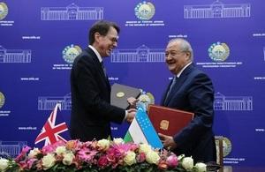 Her Majesty's Ambassador to Uzbekistan Tim Torlot shaking hands with Uzbek Foreign Minister Abdulaziz Kamilov in Tashkent.