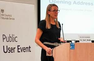 Sidonie Kingsmill talking to audience at Public User Event