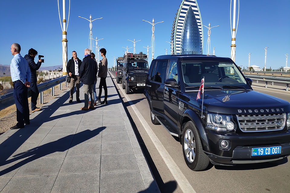 The Last Overland expedition team tours Ashgabat