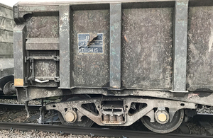 Photgraph of the derailed wagon