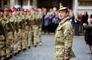 Commander 4th Mechanized Brigade, Brigadier Bob Bruce, calls the halt for the brigade outside the Houses of Parliament [Picture: Corporal Mike O'Neill, Crown copyright]