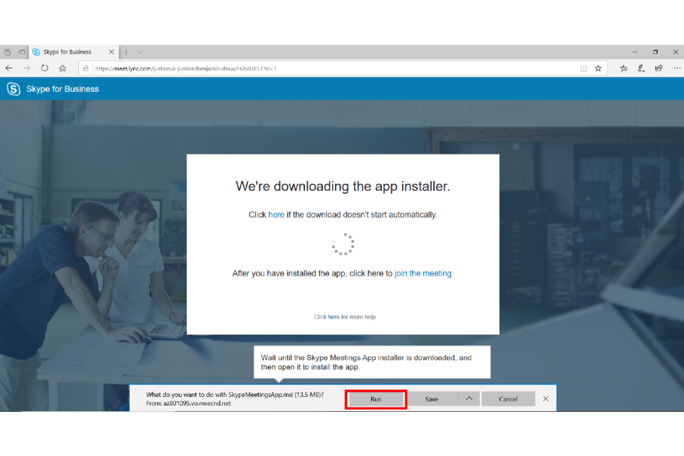 image shows the Skype Installer pop-up with the 'Run' button highlighted in red