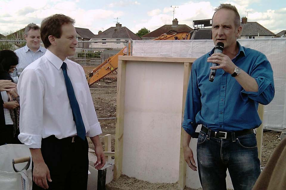 Grant Shapps and Kevin McCloud