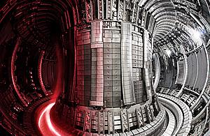 Совместное европейское термоядерное устройство Torus, эксплуатируемое UKAEA в Калхэме.