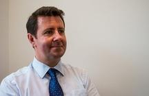 Dr Chris Castelli