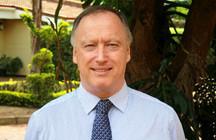 Mr Stephen Phillips