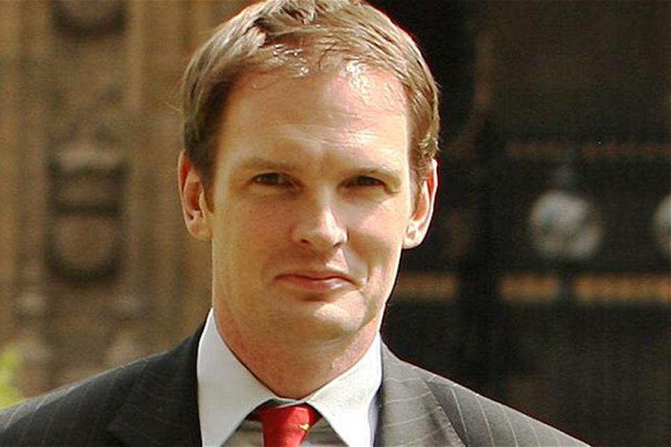Dr Daniel Poulter