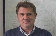 Mr  Damon Bristow