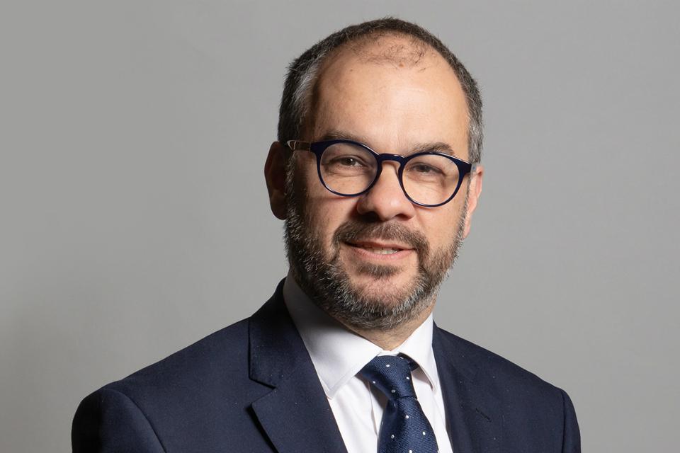 Пол Скалли, член парламента