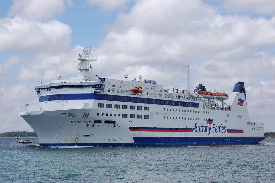Roll on, roll off passenger ferry Barfleur