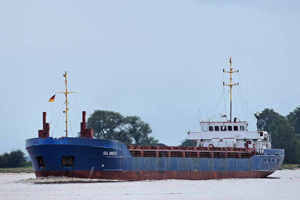 Photograph of general cargo ship Sea Breeze