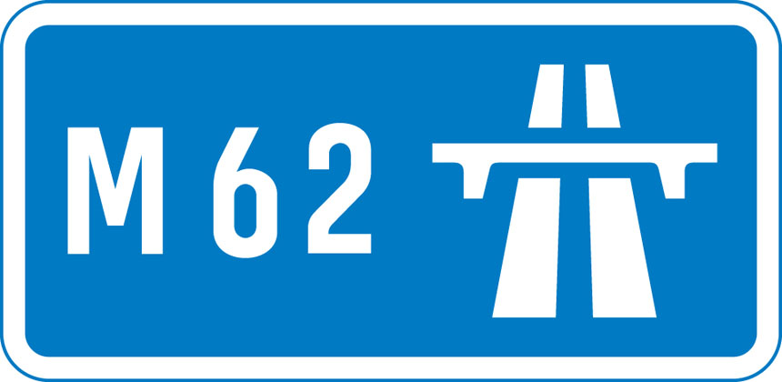 Start of motorway and point from which motorway regulations apply