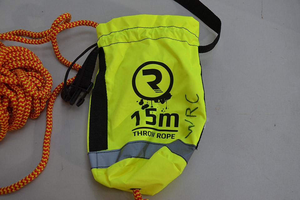 Throw bag rescue line