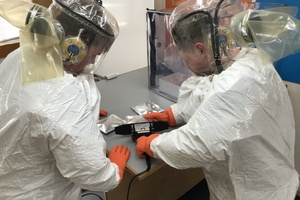 nuclear workers can safely seal radioactively contaminated waste into bags