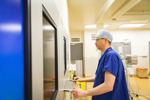 Hospital doctor using technology